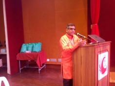 Yogi BuddhaDeva addressing at NITTR